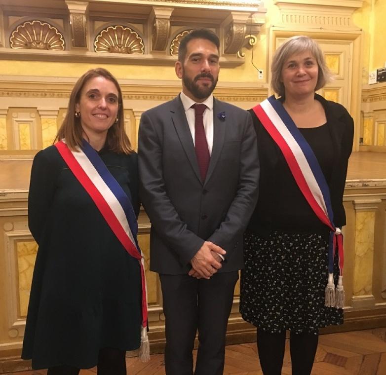 Cérémonie_des_diplômes_mairieParis